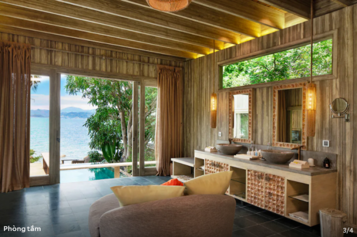Pool Villa Beachfront Double/Twin